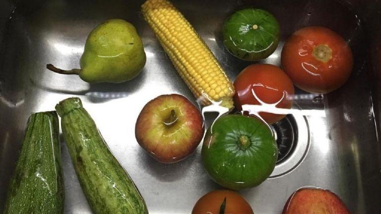 Verduras lavandose